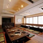 各種宴会やイベントなど大人数にも対応可能。各階2名4名6名8名10名~席タイプも人気の半個室、掘りごたつ席、テーブル席と幅広くご用意。各階で貸切可能(15名~40名)お問い合わせください。