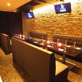 【20~30名個室】モニター付きのフロアカーテン個室は20~30名規模のご宴会も対応可能★