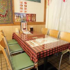 2~4名様で座れるテーブル席を3つご用意♪お食事にトークに楽しいひとときを過ごしていただけます。女子会・ママ会・家族連れ…多彩なシーンに対応!