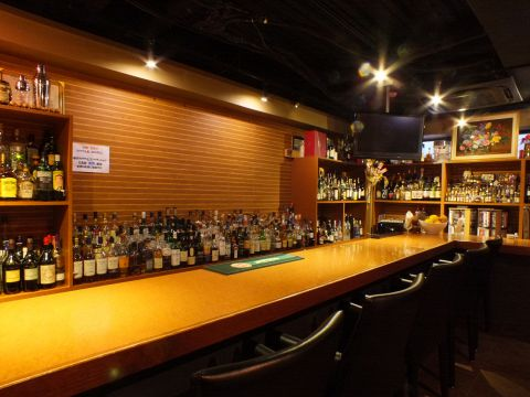 Bar 港|店舗イメージ2