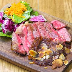 料理メニュー写真USA産サーロインステーキ