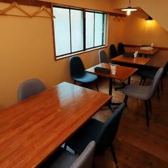 2F2名様用テーブル席 ※人数に合わせてレイアウトをご用意します