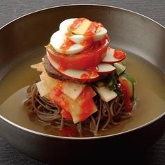 料理メニュー写真韓国風盛岡冷麺