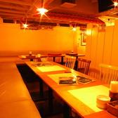 最大25名のテーブル席は小宴会に◎