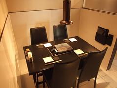 4名様掛けのテーブル席のご用意もございます