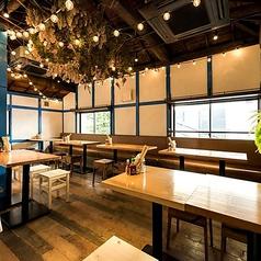 エスニック肉バル ティット 田町店の雰囲気1