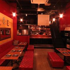 大人数の宴会・ウエディングパーティーは大人の空間で。料理重視のパーティーご希望の方に人気。