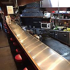粉もん屋 とん平 本店 Bar Two-tonの特集写真