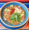 料理メニュー写真Caldo Tlalpeno メキシコ唐辛子のピリ辛チキンスープ