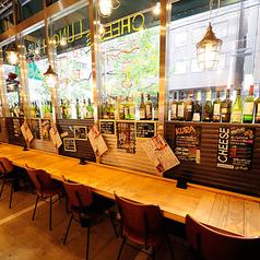 【ランチ/サク飲みに】おひとりさまでも気軽にお楽しみいただけるカウンター席もご用意がございます。
