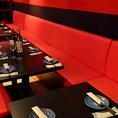 他のお客様も気にならない広々とした空間が店内に広がっております。新横浜のデザイナーズ空間でご宴会をお楽しみ下さい♪
