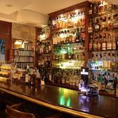 おひとり様で味わって飲みたい夜にはカウンター席がお勧め☆初心者の方、女性のお客様でもアットホームな雰囲気なのでゆったりくつろげます。もちろん、恋人同士の特別な夜にどうぞ♪