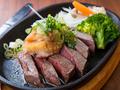 料理メニュー写真牛肉の鉄板ジュージューステーキ