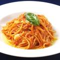 料理メニュー写真イタリアソーセージのトマトソーススパゲッティ