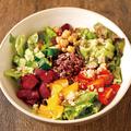 料理メニュー写真ブッダボウル ーキヌアと雑穀のフルーツサラダー
