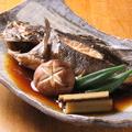 料理メニュー写真旬魚の煮つけ
