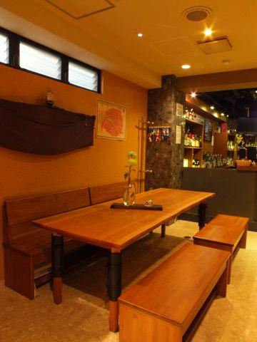 Bar 港|店舗イメージ4