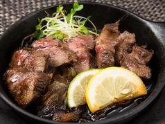 豊後牛の赤身肉ステーキ鉄板