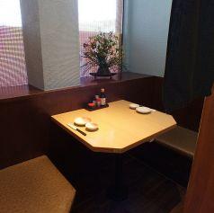 2名様用の半個室のお席。雰囲気の良いお席なので、デートにもご利用ください♪はなの舞 流山おおたかの森店
