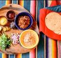 料理メニュー写真タコス+サラダ+ドリンク セット(一人飲みの方限定メニュー)