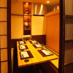 小宴会や接待に最適な個室を完備。