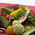 料理メニュー写真【地場野菜のサラダ】ensoの野菜サラダ