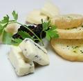 料理メニュー写真イタリアンチーズの盛り合わせ