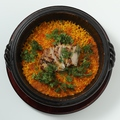 料理メニュー写真スパイシーチキンパエリア マドラス風味