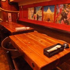 【2階フロア】4名~8名様用のテーブル席。