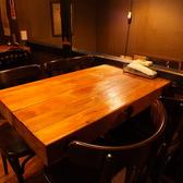 【2階フロア】4名様用のテーブル席。