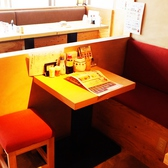 2名テーブル席