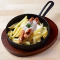 料理メニュー写真鉄板チーズフォンデュ