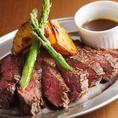 ロティサリーチキンだけでなく、他種類のお肉もご用意しております!アラカルトメニューも充実しておりますので水戸駅の飲み会・宴会・女子会など各種宴会はぜひご利用ください。