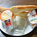 料理メニュー写真チーズの2種盛り