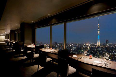 東京スカイツリー(R)オフィシャルホテルの最上階(24F)にあるレストランです