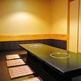 足をゆっくり伸ばせる掘りごたつ席!こちらも個室のお席となっております♪