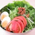 料理メニュー写真鶏としサラダ