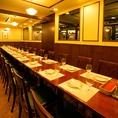 ◆周りを気にせずお楽しみいただける個室空間◆大人気の個室は8~10名様、10~12名様、12~16名様、16~18名様、22~26名様、30~38名様と様々なタイプでご用意しております。シーンや人数に合わせてぴったりのお席までご案内いたします!貸切でのご宴会も可能です!お気軽にご相談ください。