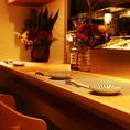 お一人様でもお気軽にお立ち寄りください!30種類ご用意さえて頂いている日本酒と、新鮮な牡蠣をゆっくりとお楽しみください。