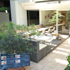 ヤッファオーガニックカフェ YAFFA ORGANIC CAFEの雰囲気1