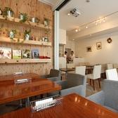 ヤッファオーガニックカフェ YAFFA ORGANIC CAFEの雰囲気2