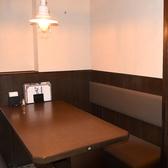 4名様個室、6名様個室バリエーション豊富にご用意しております。小さなお子様連れのお客様で、周りのお客様に気兼ねしてしまうなどのご心配な方は、事前に席予約だけでも承りますので、気軽にご連絡ください。