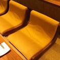 特注で椅子の職人に作って頂いた椅子は長時間の御宴会もゆっくり愉しめます!