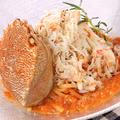 料理メニュー写真北海道産浜ゆで毛蟹を丸ごと使ったスペシャルパスタ