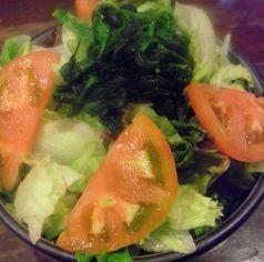 料理メニュー写真炭銀グリーンサラダ
