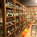 各国のワインが1900円~!!棚からお客様がボトルを選んでもよし♪♪