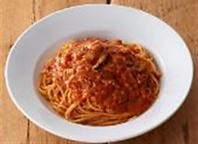 創業当時から大人気【トマトとニンニクのスパゲティ】
