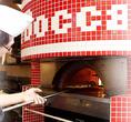 表面はカリッ!中はふっくらモチモチの食感に焼き上げるピザ窯
