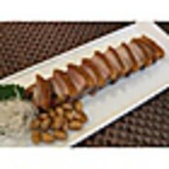 皮付き豚バラ肉のパリパリオーブン焼き