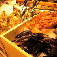 旬の魚介類!活オマール海老や生ガキもあります